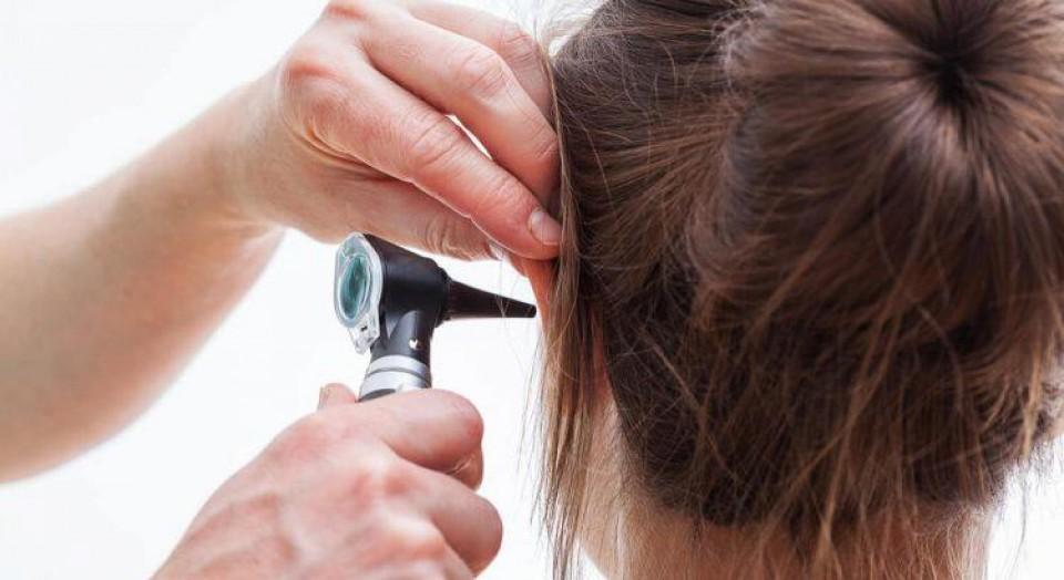 Dor de ouvido: conheça as 4 principais causas