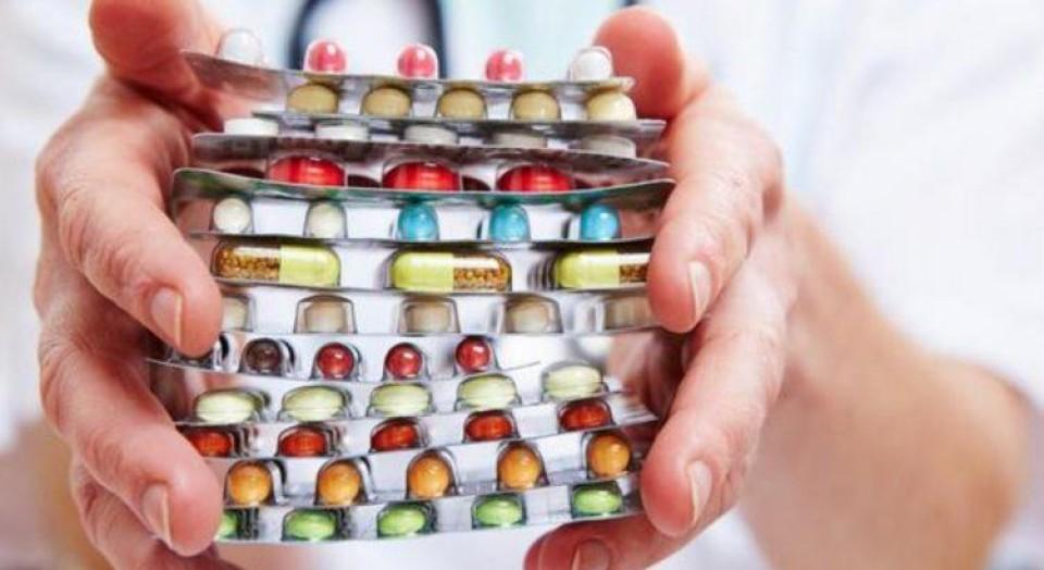 Excesso de medicações: entenda os perigos!