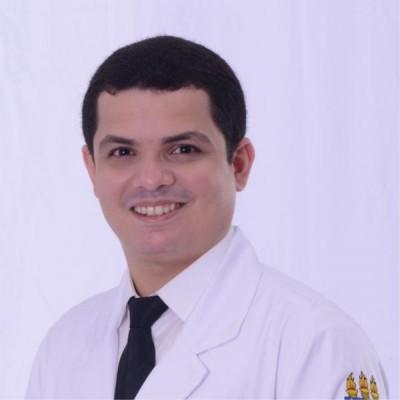 Dr. Lucas Pinto