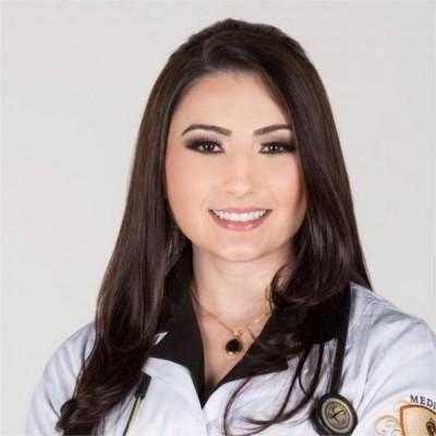 Drª. Isadora Carneiro Lobato